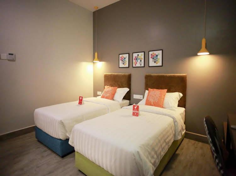 OYO Rooms Near Universiti Teknologi Malaysia