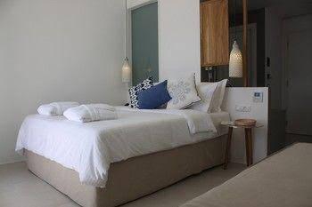 Bluetopia Suites