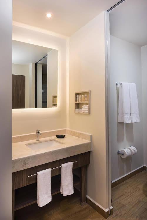 Hampton Inn and Suites by Hilton Salamanca