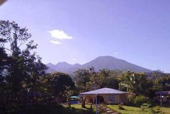 Los Volcanes Rio Celeste