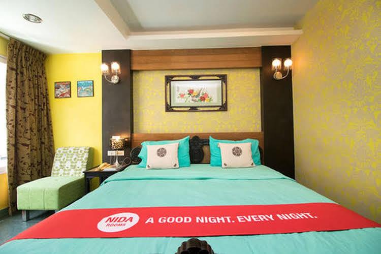 NIDA Rooms Ekkamai Prakanong Market