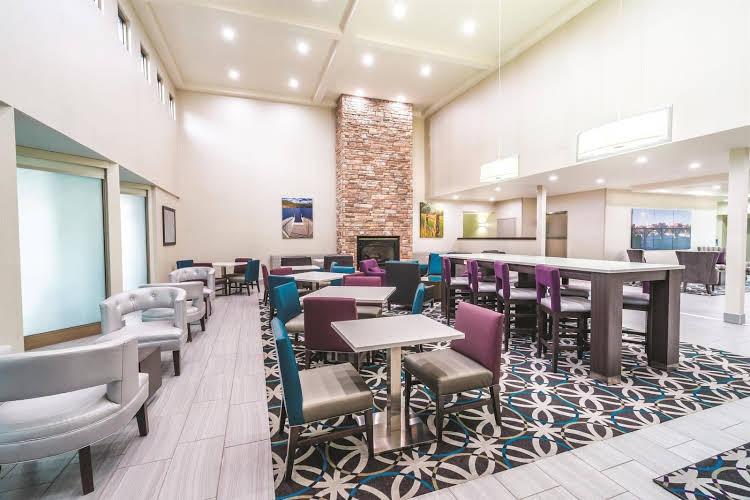 La Quinta Inn and Suites Loudon