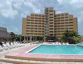 Torre Dorada Cancun