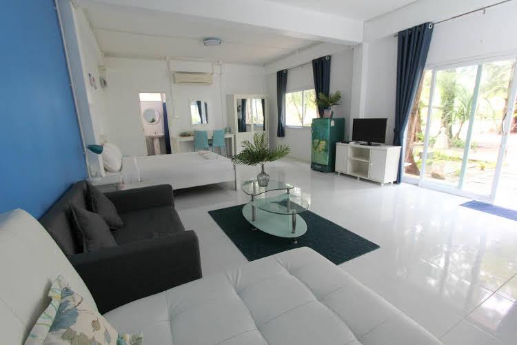 Issara Beach Resort