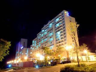 Hanwha Resort Pheonix Park