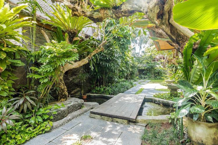 ZEN Rooms Seminyak Taman Petitenget