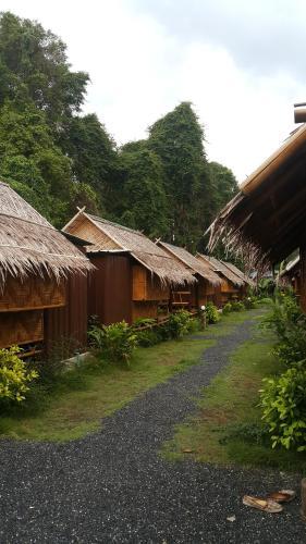 Phuhaya Bamboo Bungalows