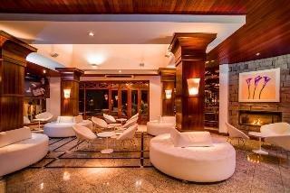 Serrano Resort