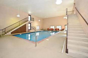 Manchester Heritage Inn And Suites