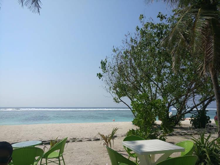 Simry Beachside