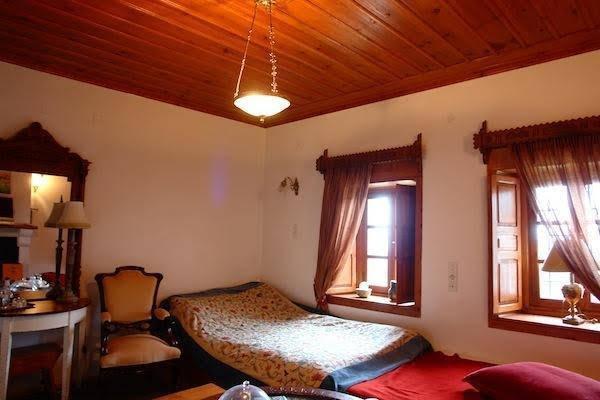 Traditional Rooms Ioannidis