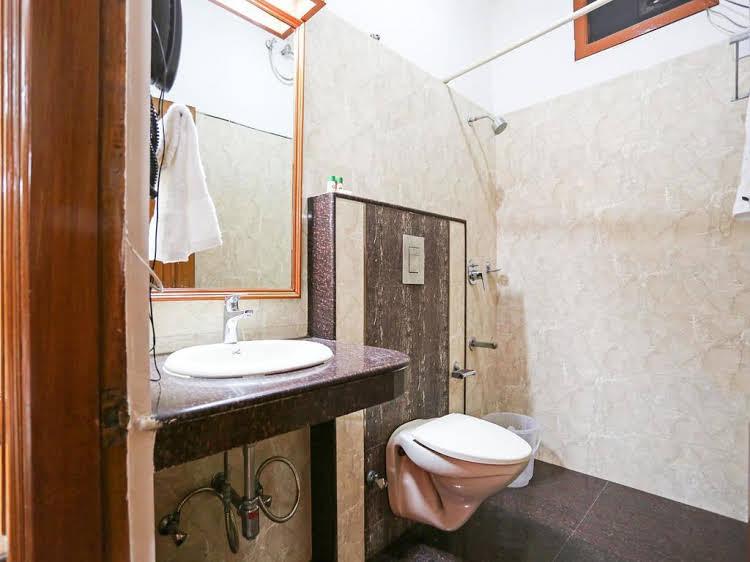 OYO Rooms Kalkaji Mandir