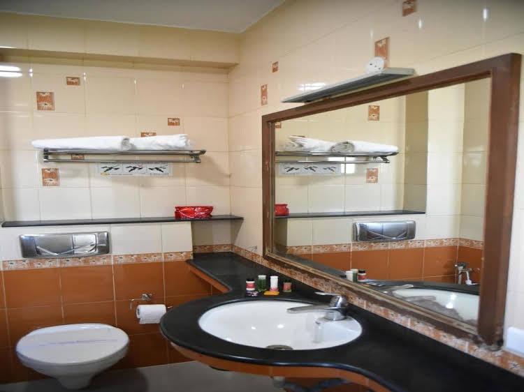 OYO Rooms Railway Station Kumbakonam