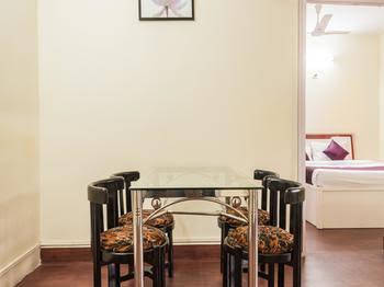 OYO Apartments Malad Raheja Complex Road