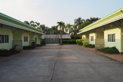 555 Resort