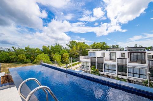 Modern pool villa Phuket, Bangtao beach 5 min walk
