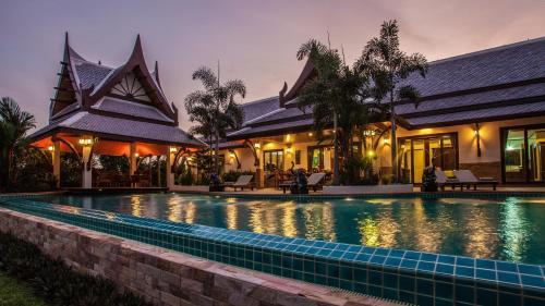 Saifon Villas 5 Bedroom Pool Villa - Whole villa priced by bedrooms occupied