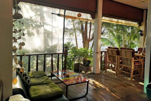 BAAN OCCITAN BEACH BUNGALOW our little Koh Samui Paradise