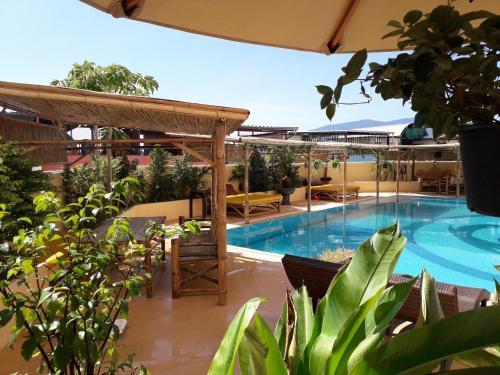 Pool paradise La Piscine