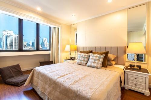 Premium 2 Bedroom Suite Omni Tower Nana Sukhumvit Bangkok