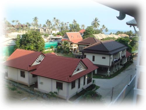 Niracha Chaweng House