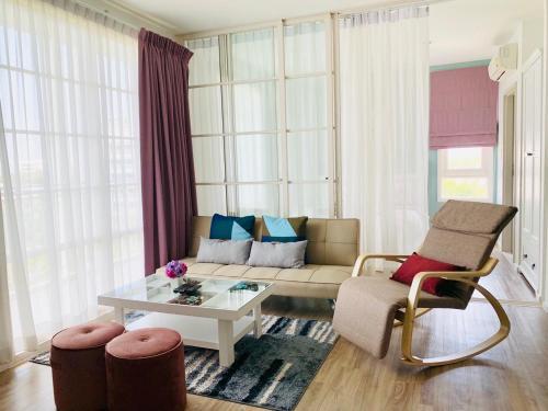 Summer Huahin Condominium
