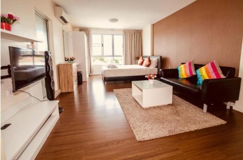 Baan Koo Kiang Hua Hin Condominium by KK