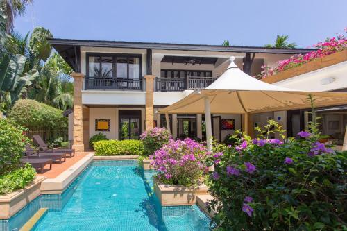 Chomtawan Villa Bangtao by InDreams