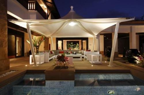 3 bdr Chomtawan Villa Bangtao by InDreams