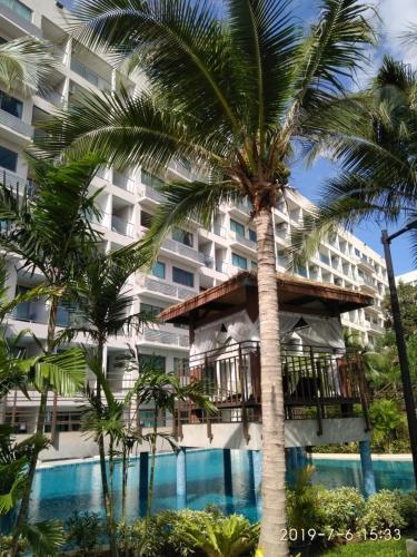 Laguna Beach Resort - The Maldives