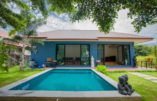Phufah Pool Villa