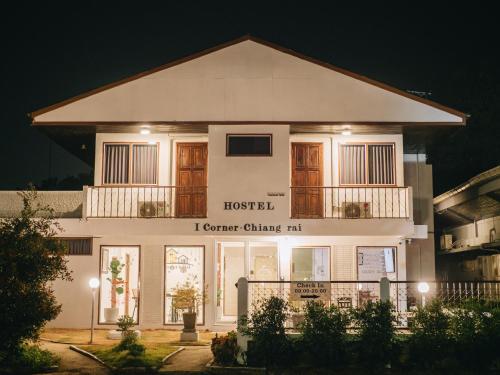I Corner Hostel