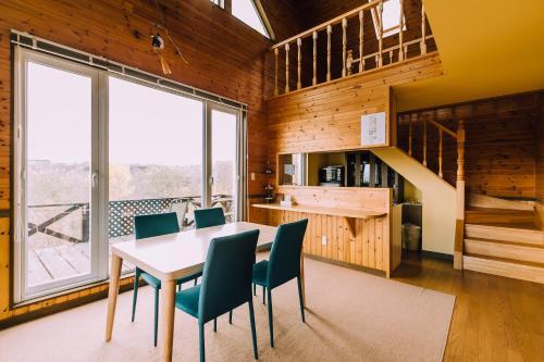 Lake Toya Great View Log Cabin