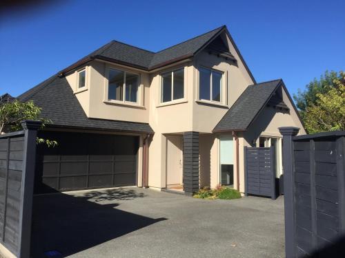 Davidsons Luxury Homestay