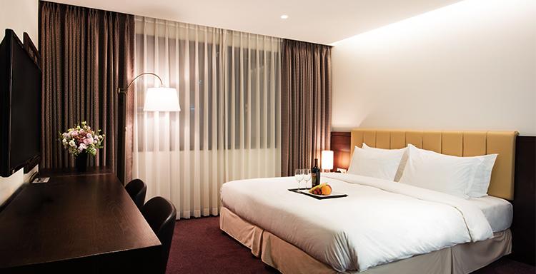 โรงแรม อโรปา