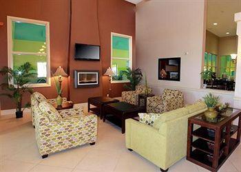 Comfort Inn & Suites Ambassador Bridge