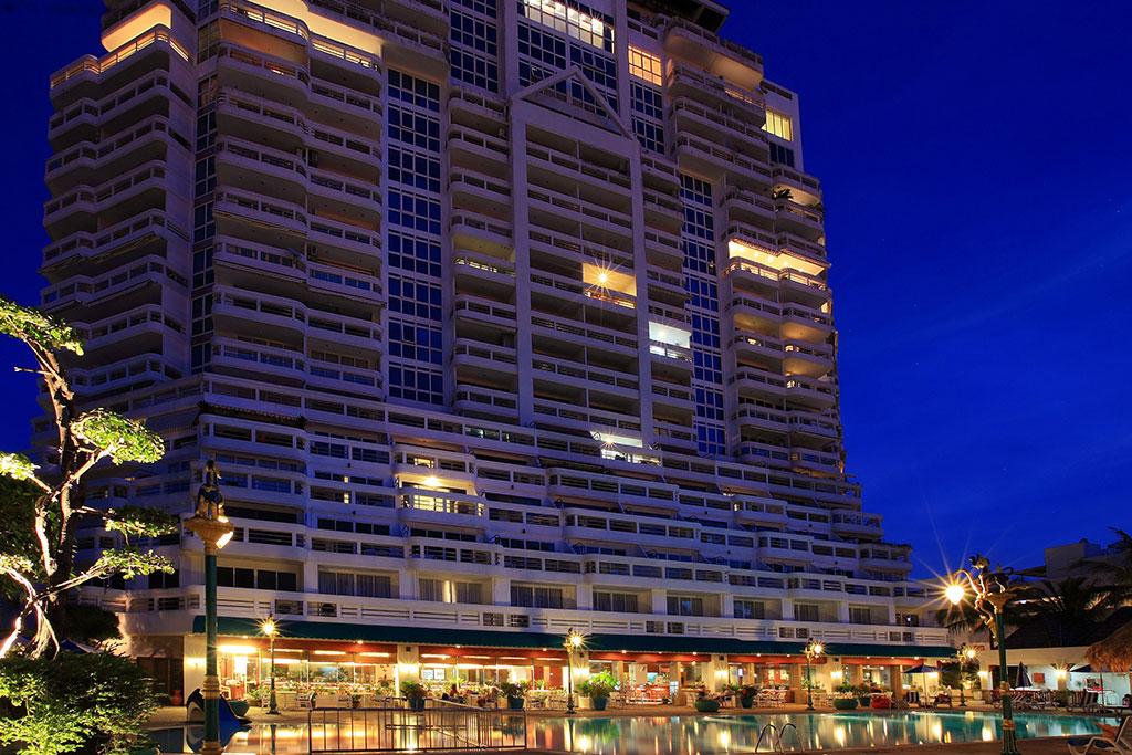 โรงแรมอันดามัน บีช สวีท