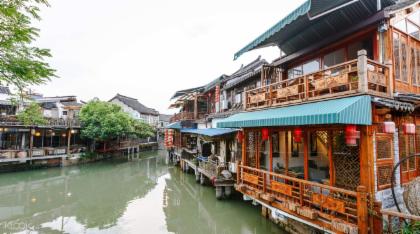 ทัวร์เซี่ยงไฮ้ และชมเมืองโบราณน้ำจูเจียเจี่ยว 4 วัน