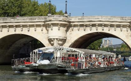 เข้าชมหอไอเฟลและล่องเรือในแม่น้ำแซน